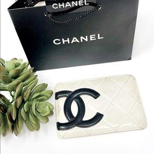 💯 Authentic Chanel Cambon White CC Card Case